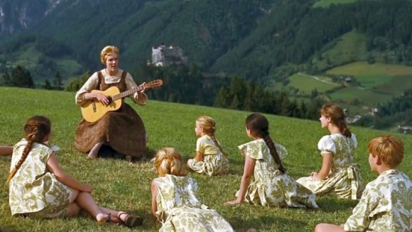 image from http://www.cornel1801.com/videosong/Sound_of_Music_Do_Re_Mi/1.jpg